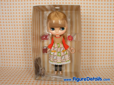Neo Blythe Cassiopeia Spice Packing 1