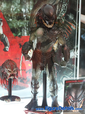 Hot Toys Berserker Predator Action Figure Overview