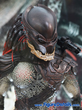 Hot Toys Berserker Predator Action Figure Predators MMS130