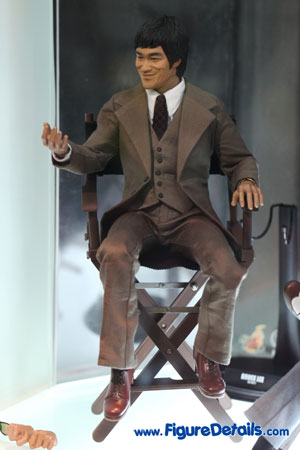 Hot Toys Bruce Lee In Suit 2