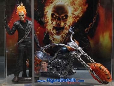 Hot Toys Ghost Rider with Motorcycle Action Figure MMS133