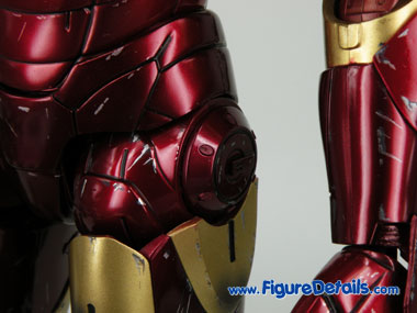 Hot Toys Iron Man Mark III Battle Damaged Version Wrist Gauntlet