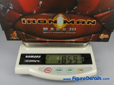 Iron Man Mark 3 Battle Damaged Version MMS110 Box 3