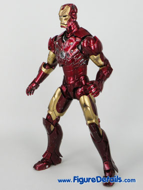 Hot Toys Iron Man Battle Damaged Exclusive Limited Version 2
