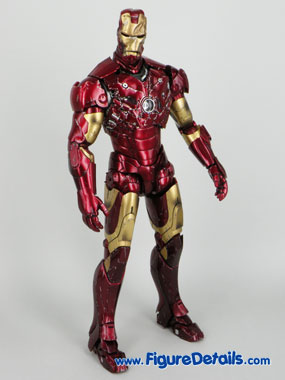 Hot Toys Iron Man Battle Damaged Exclusive Limited Version 3