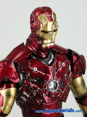 Hot Toys Iron Man Battle Damaged Exclusive Limited Version 4