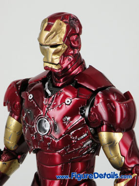 Hot Toys Iron Man Battle Damaged Exclusive Limited Version 6