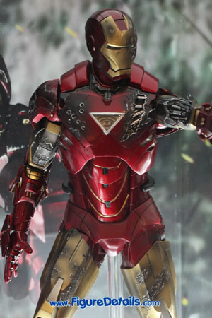 Hot Toys Iron Man Mark VI Overview 3