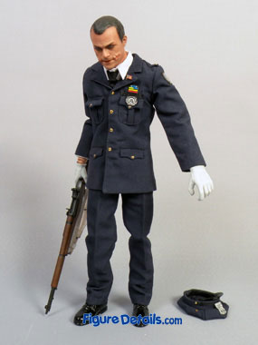 Hot Toys Joker DX Police in Dark Knight Movie 9