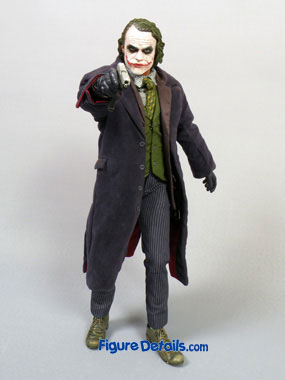 Hot Toys Joker DX caught in Dark Knight Movie 8