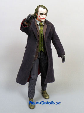 Hot Toys Joker DX caught in Dark Knight Movie 9