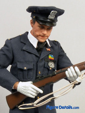 Hot Toys Joker DX Police Action Figure Reviews 5