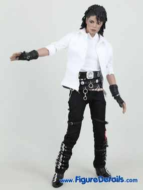 Michael jackson songs bad dirty diana hot toys acton figure for Three jackson toy