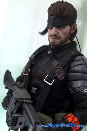 Naked Snake - Metal Gear Solid - Hot Toys Action Figure