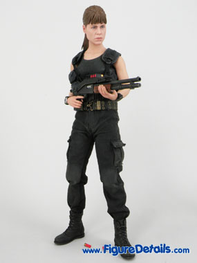 Hot Toys Sarah Connor Terminator 2 Action Figure Reviews