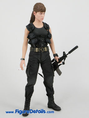 Hot Toys Terminator 2 Sarah Connor Reviews 6