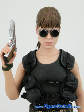 Reviews Sarah Connor Hot Toys Terminator 2 13