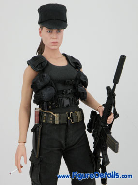 Sarah Connor Reviews Hot Toys Terminator 2 18