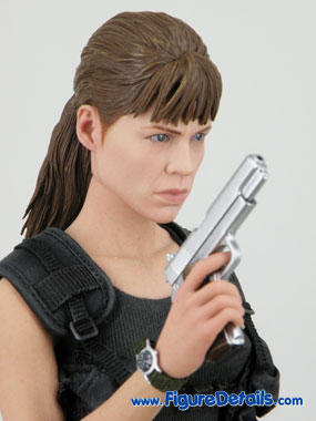 Sarah Connor Hot Toys Terminator 2 Reviews 10