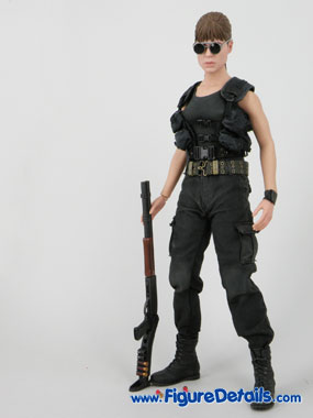 Sarah Connor Terminator 2 Hot Toys Reviews 5