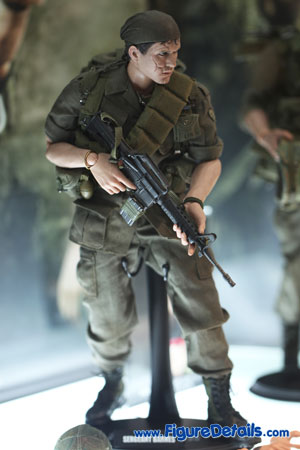 Hot Toys Sergeant Barnes Platoon Action Figure MMS141