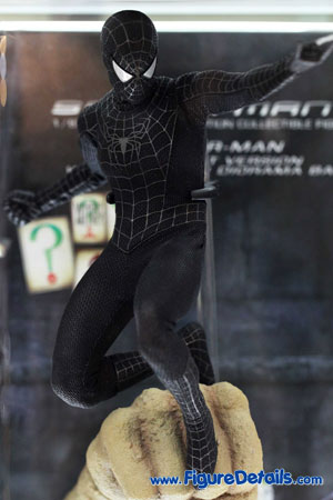 Hot Toys Black Spider Man with Sandman Diorama Base 3