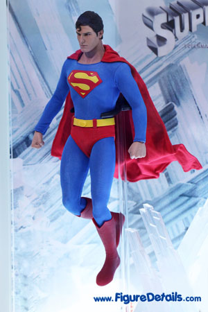 Hot Toys Superman Christopher Reeve Action Figure 2