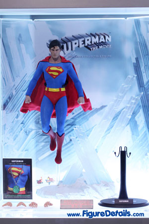 Hot Toys Superman Christopher Reeve Action Figure 3