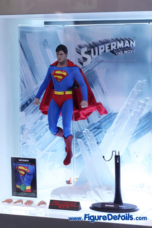 Hot Toys Superman Christopher Reeve Action Figure 4