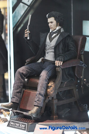 Hot Toys Sweeney Todd Action Figure 2