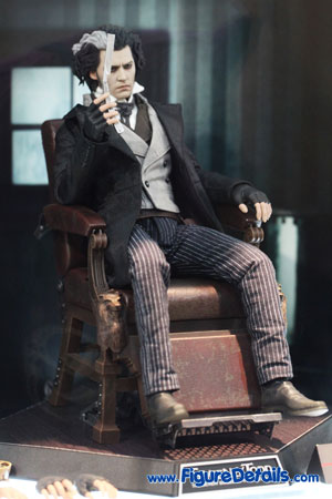 Hot Toys Sweeney Todd Action Figure 4