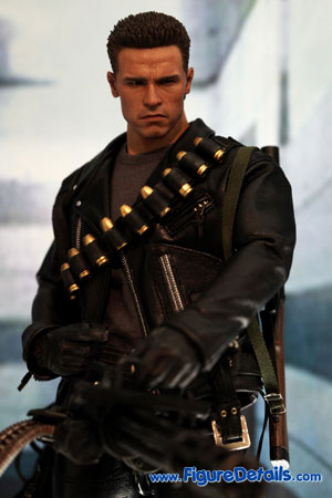 Hot Toys T-800 Action Figure DX10