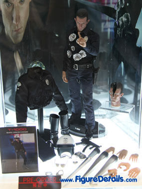 Hot Toys T1000 Action Figure Preview