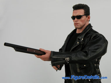 Hot Toys Arnold Schwarzenegger T800 Terminator 2 Close Up 3