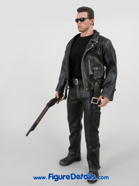 Hot Toys T800 Terminator 2 Arnold Schwarzenegger reviews 1