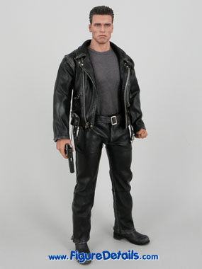 Hot Toys T800 Terminator 2 Arnold Schwarzenegger reviews 11