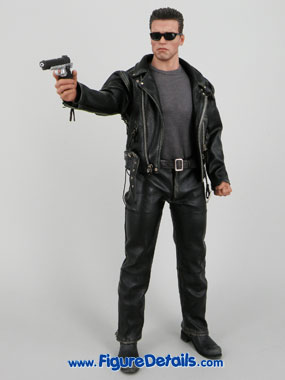 T800 Terminator 2 Hot Toys Arnold Schwarzenegger reviews 12