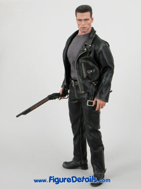 Hot Toys T800 Terminator 2 Arnold Schwarzenegger reviews 15