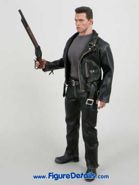 T800 Hot Toys Arnold Schwarzenegger reviews 16