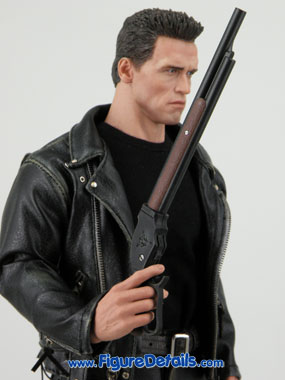 Hot Toys Terminator 2 T800 Arnold Schwarzenegger reviews 3