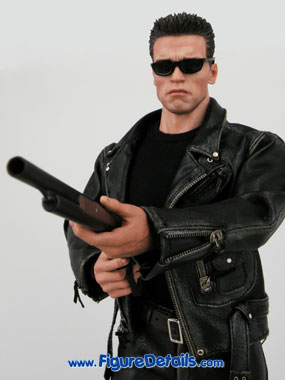 Hot Toys T800 Arnold Schwarzenegger Terminator 2 reviews 7
