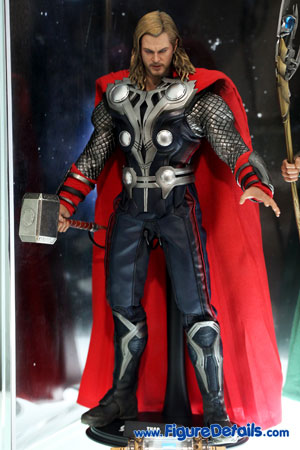 Hot Toys Thor Action Figure Overview - The Avengers