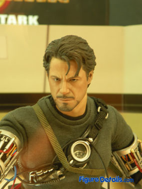 Hot Toys Tony Stark close up 4