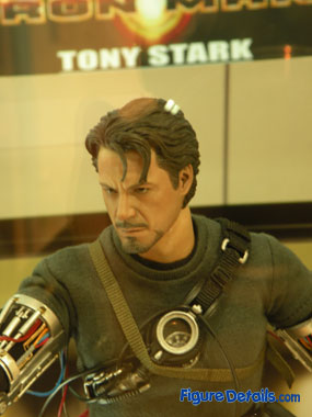 Hot Toys Tony Stark close up 1