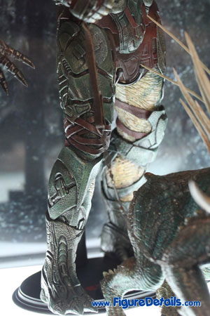 Hot Toys Tracker Predator with Hound Action Figure Overview