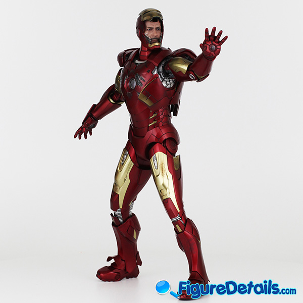 Hot Toys Iron Man Mark 7 VII Battle Damaged Armor w Tony Stark Head Sculpt Reviews 4
