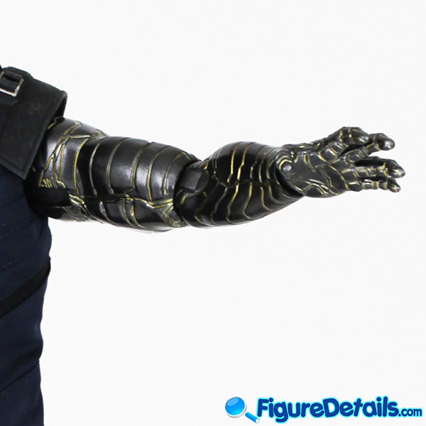 Hot Toys Winter Soldier with Machine Gun Review - Avengers Infinity War - mms509 14