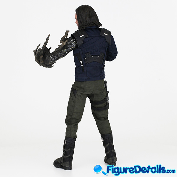 Hot Toys Winter Soldier Bucky Barnes with Dust Arm mms509 Review - Avengers Infinity War - mms509 4