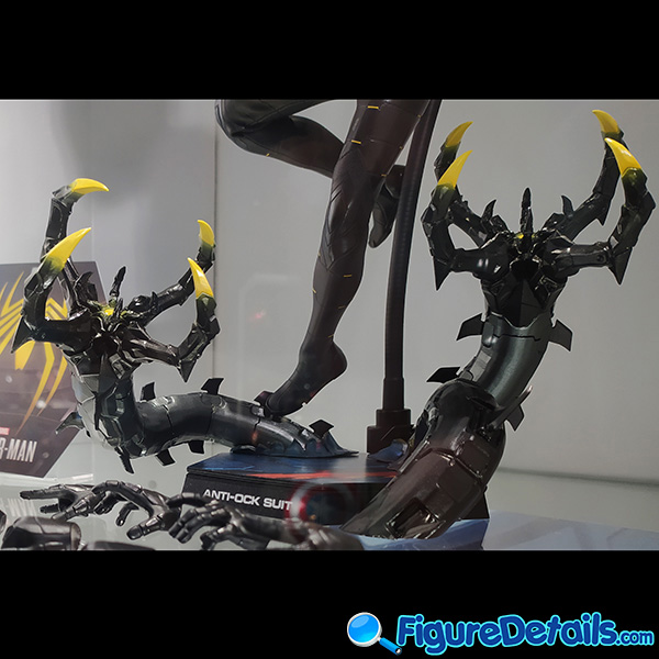 Hot Toys Spiderman Anti Ock Suit deluxe version accessary - battle damaged Dr. Ock's mechanical tentacles