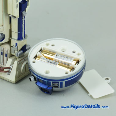 Medicom Toy R2D2 LED light Up Feature 4
